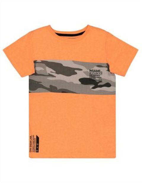 Jungen T-Shirt mit Camouflagemuster für €9,95